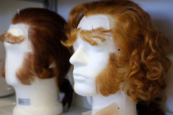 Von Haupt- und anderen Haaren